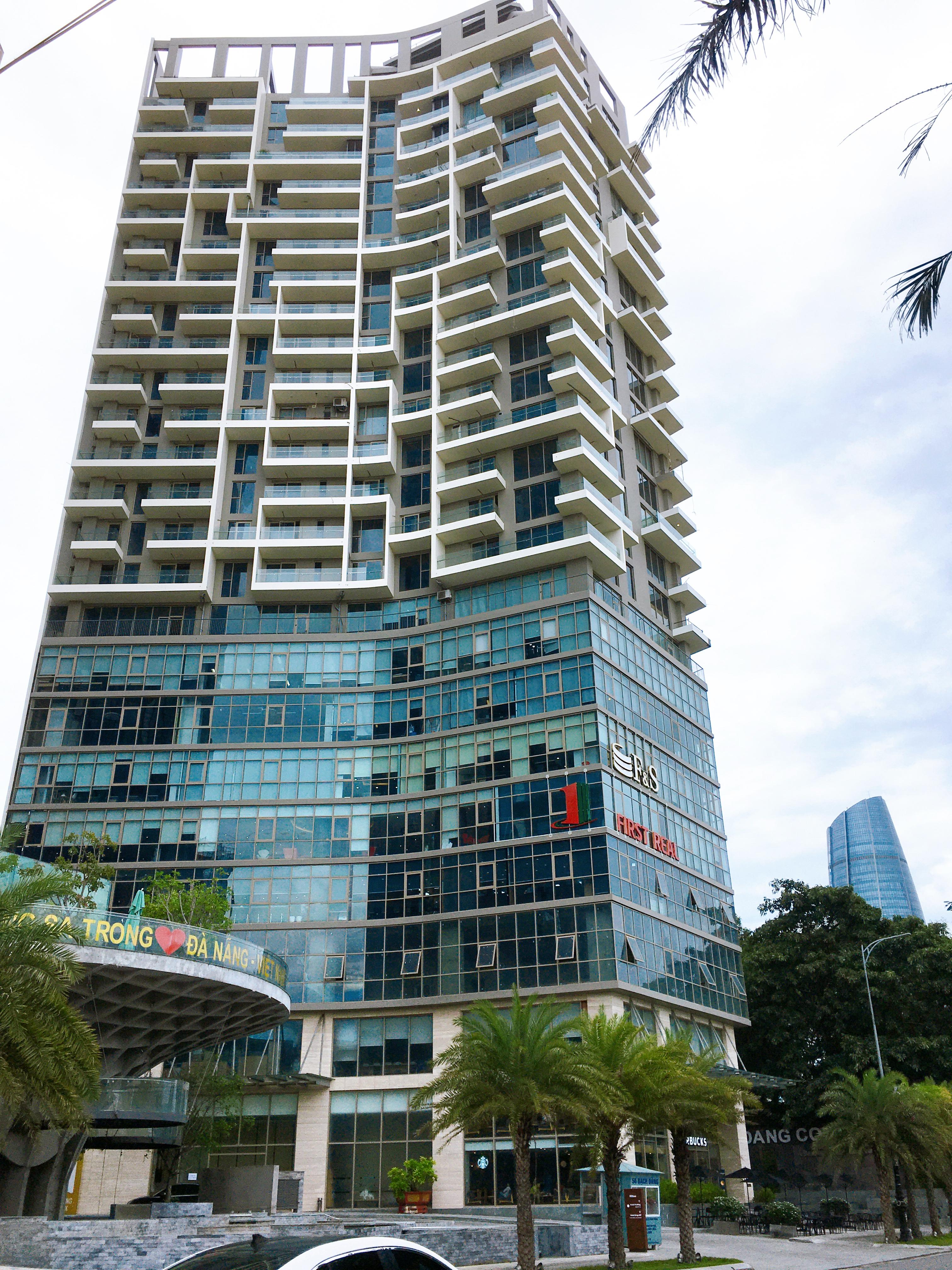 Những tòa nhà văn phòng cho thuê hái ra tiền ở Đà Nẵng bất chấp dịch COVID-19 - Ảnh 2.