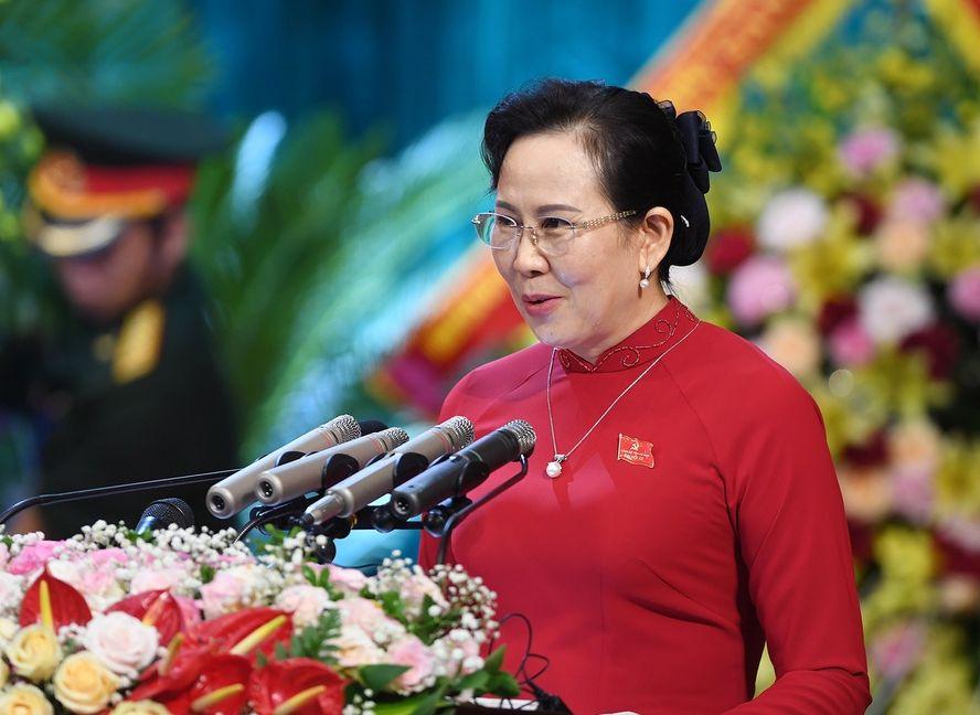 Bà Lê Thị Thủy tái đắc cử làm Bí thư Tỉnh ủy Hà Nam - Ảnh 1.