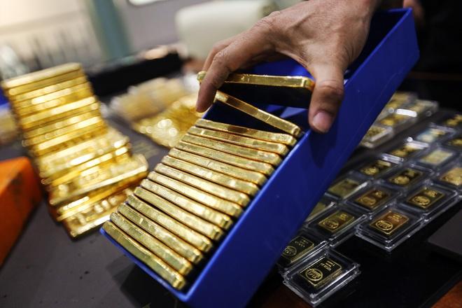 Giá vàng hôm nay 23/9: Duy trì đà giảm, giao dịch quanh ngưỡng 55 triệu đồng/lượng - Ảnh 2.