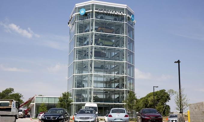Hai chủ công ty bán xe cũ trực tuyến có thêm 5 tỉ USD trong một ngày do giá cổ phiếu tăng vọt - Ảnh 2.