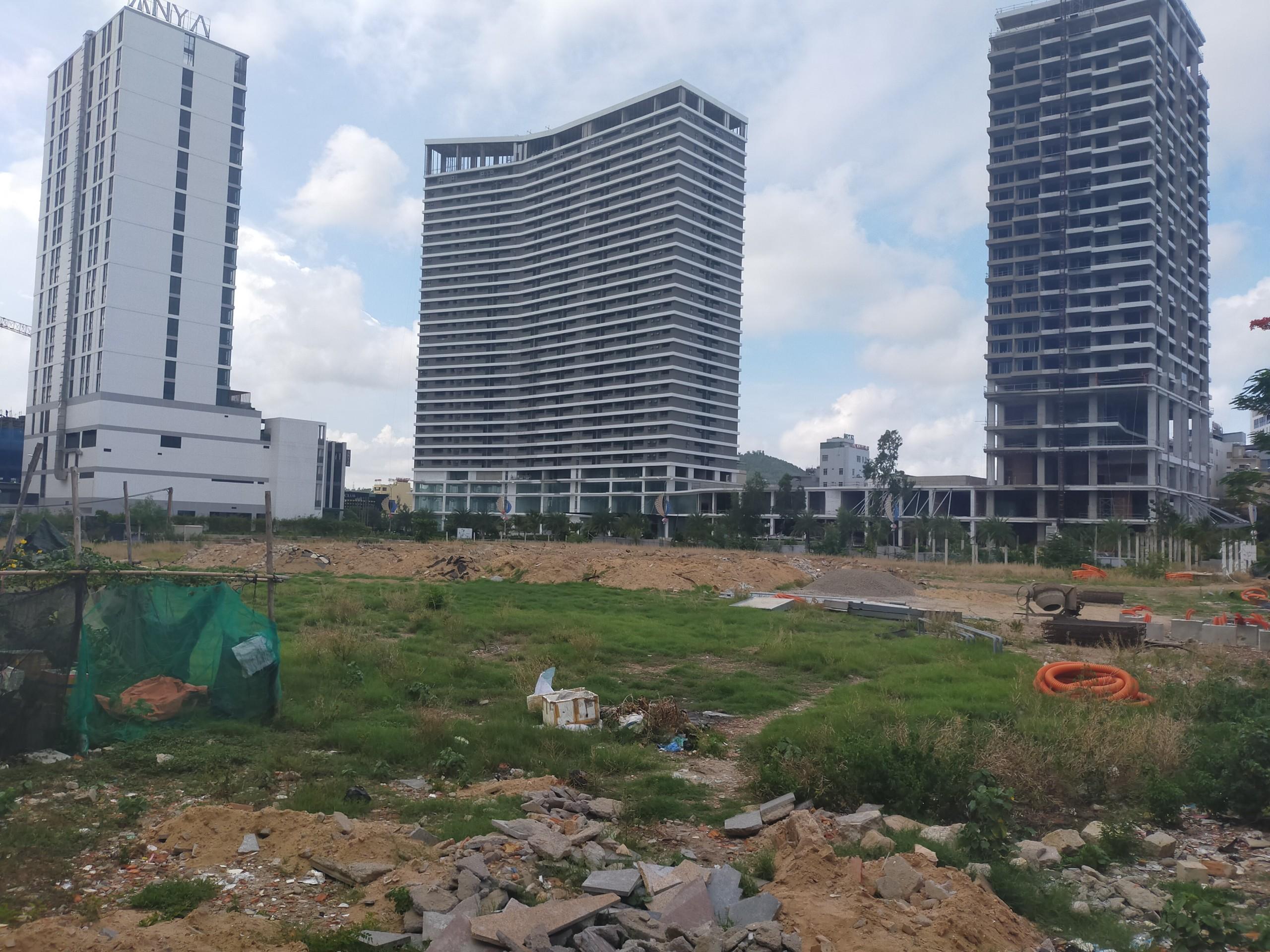 Bình định: Cận cảnh những khu đất vàng giao cho doanh nghiệp xây cao ốc - Ảnh 1.