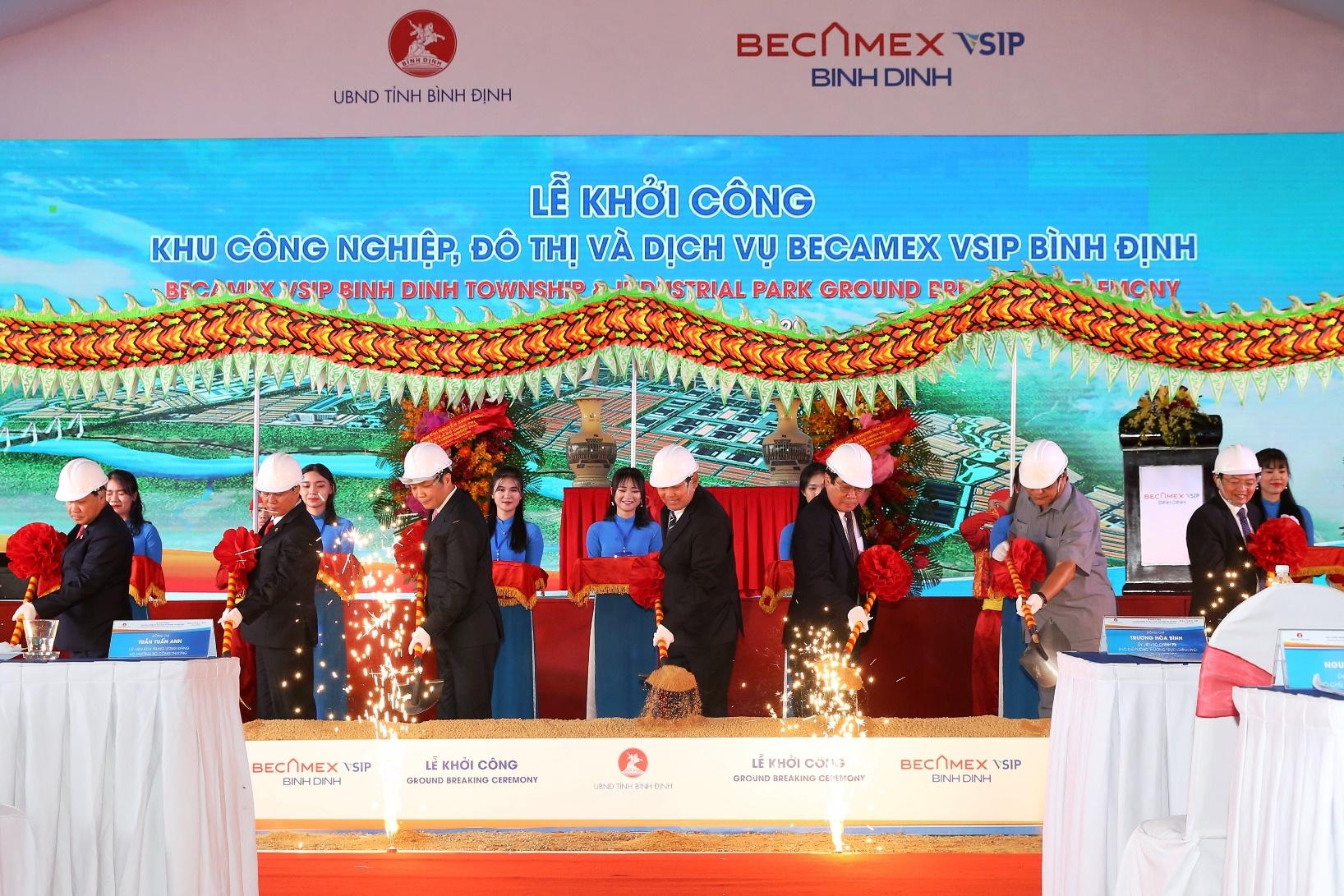 Khởi công KCN Becamex VSIP Bình Định với tổng vốn đầu tư trên 3.000 tỉ đồng - Ảnh 1.