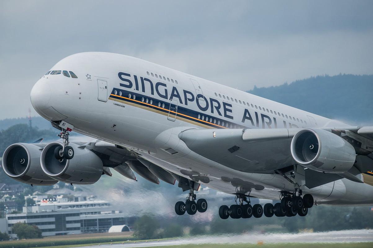Singapore Airlines xoay xở tìm nguồn thu để giảm lỗ