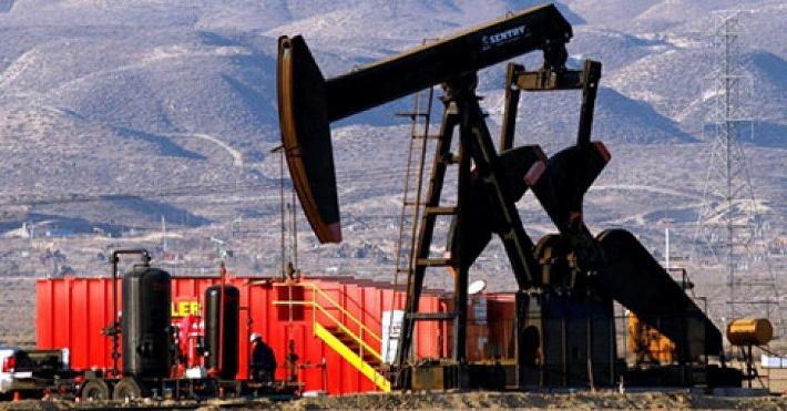 Giá xăng dầu hôm nay 7/9: Dầu tiếp tục giảm do nhu cầu thị trường yếu
