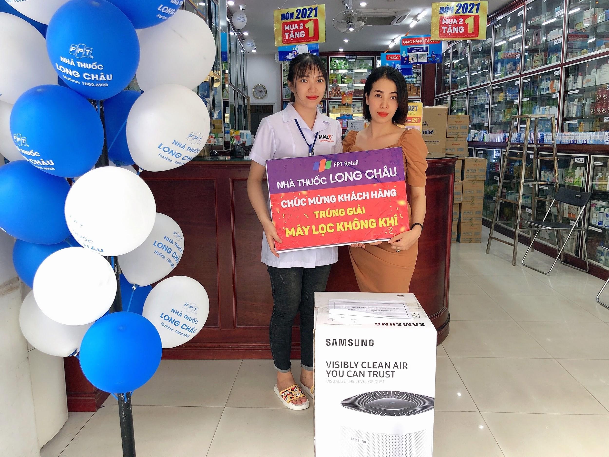 FPT Long Châu trao thưởng 200 triệu đồng sau khi vượt mốc 200 nhà thuốc - Ảnh 2.