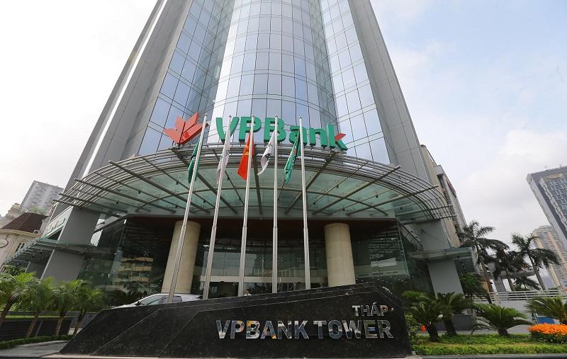 Giá cổ phiếu VPB cao nhất gần 3 năm, người nhà Phó TGĐ VPBank đăng ký bán ra cổ phiếu - Ảnh 1.