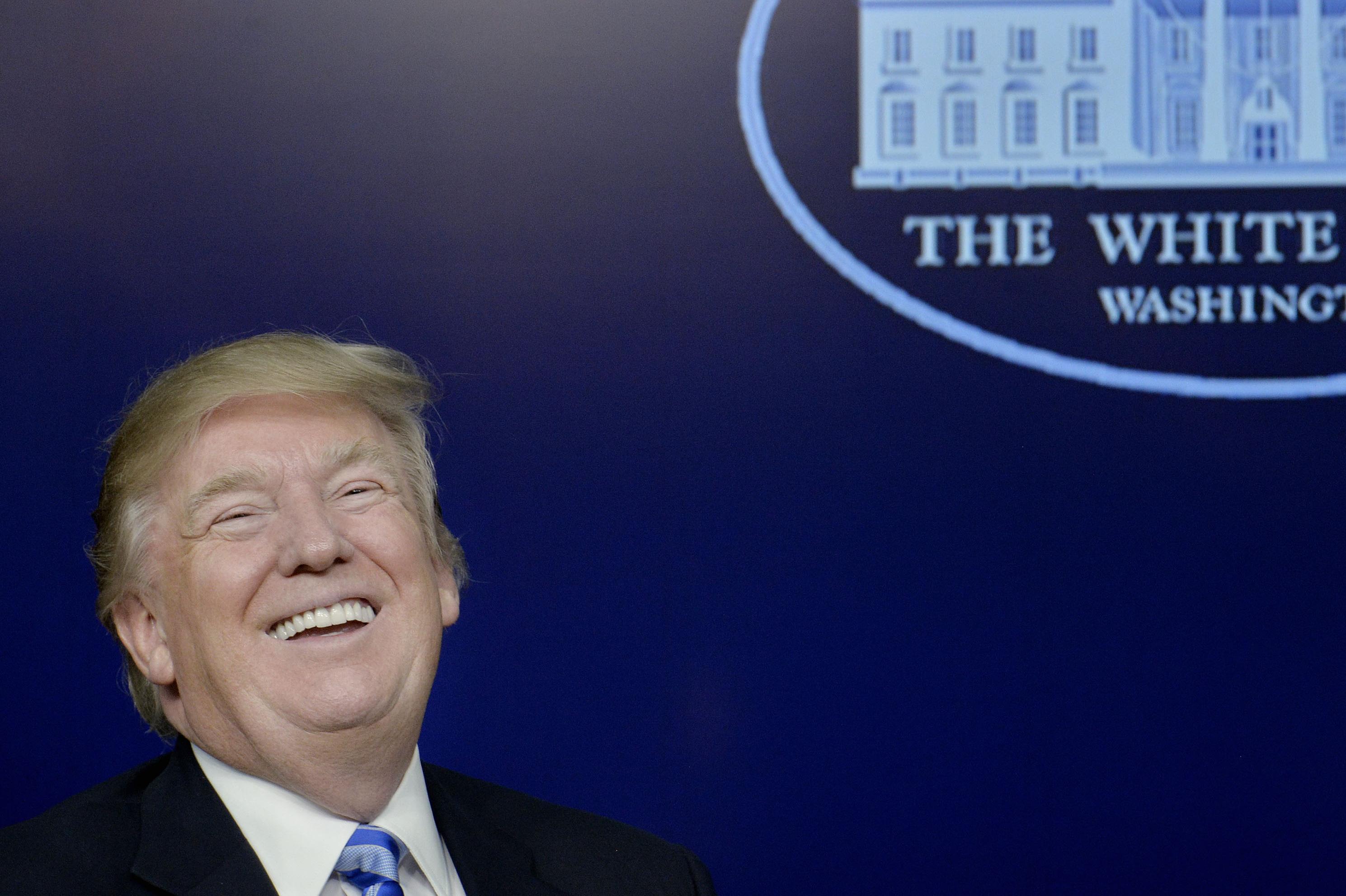 Ông Trump đã được mở lại tài khoản Facebook