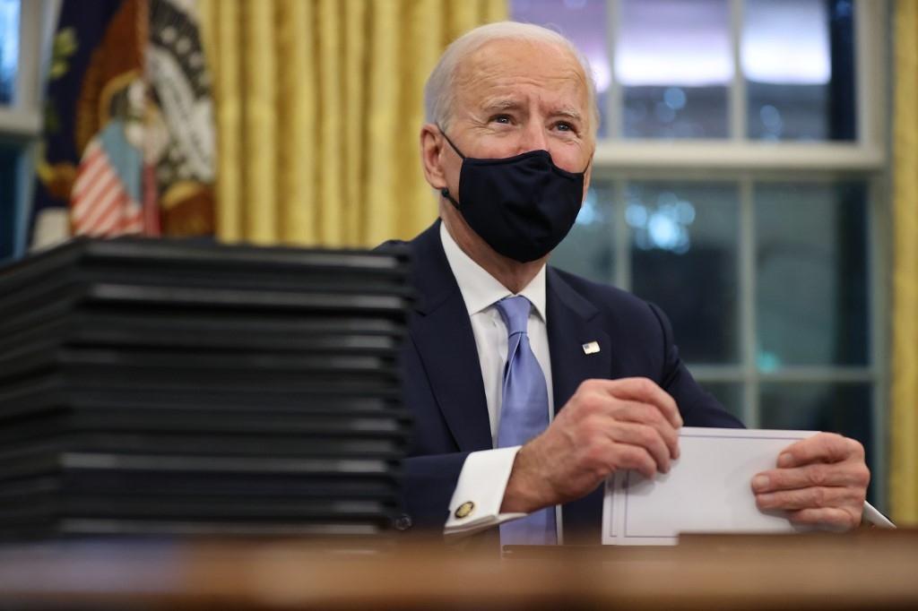 Muôn vàn trở ngại với những tham vọng 'ngày đầu tiên' của ông Biden - Ảnh 1.