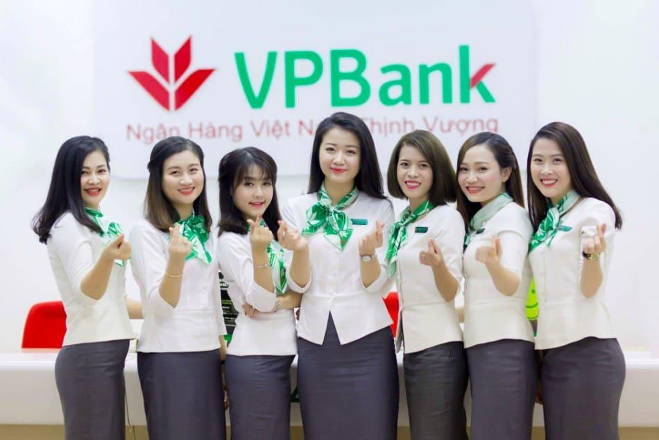 ngan-hang-vpbank-la-ngan-hang-gi.jpg
