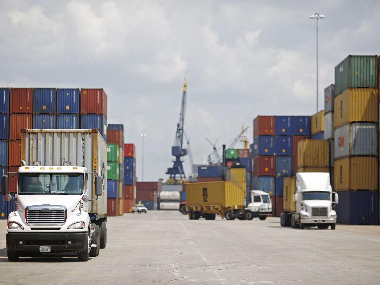 Những chiếc hộp thần kỳ định hình dòng chảy thương mại toàn cầu - Ảnh 2.