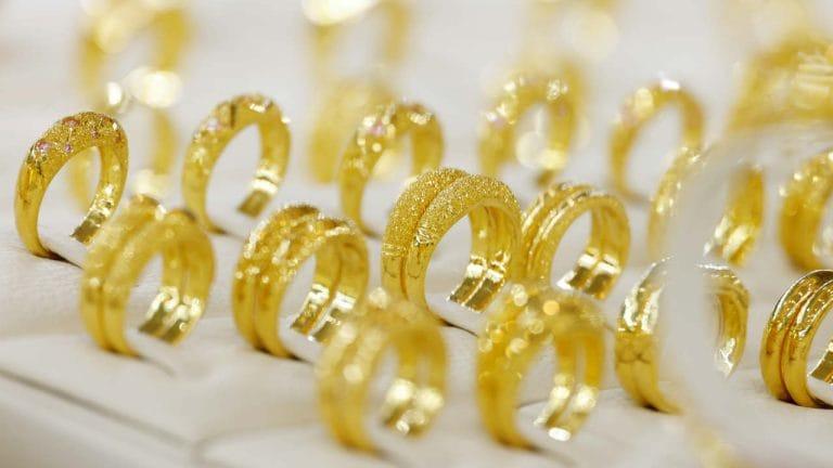 Giá vàng hôm nay 27/1: Vàng miếng SJC đảo chiều giảm 100.000 đồng/lượng - Ảnh 1.