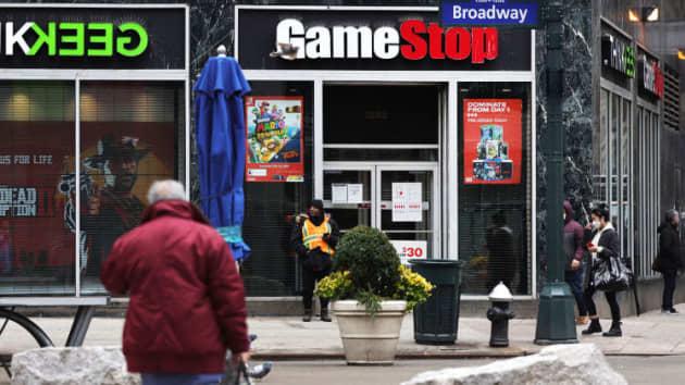 Đội bán khống GameStop quyết không đầu hàng dù đã lỗ 20 tỷ USD - Ảnh 1.