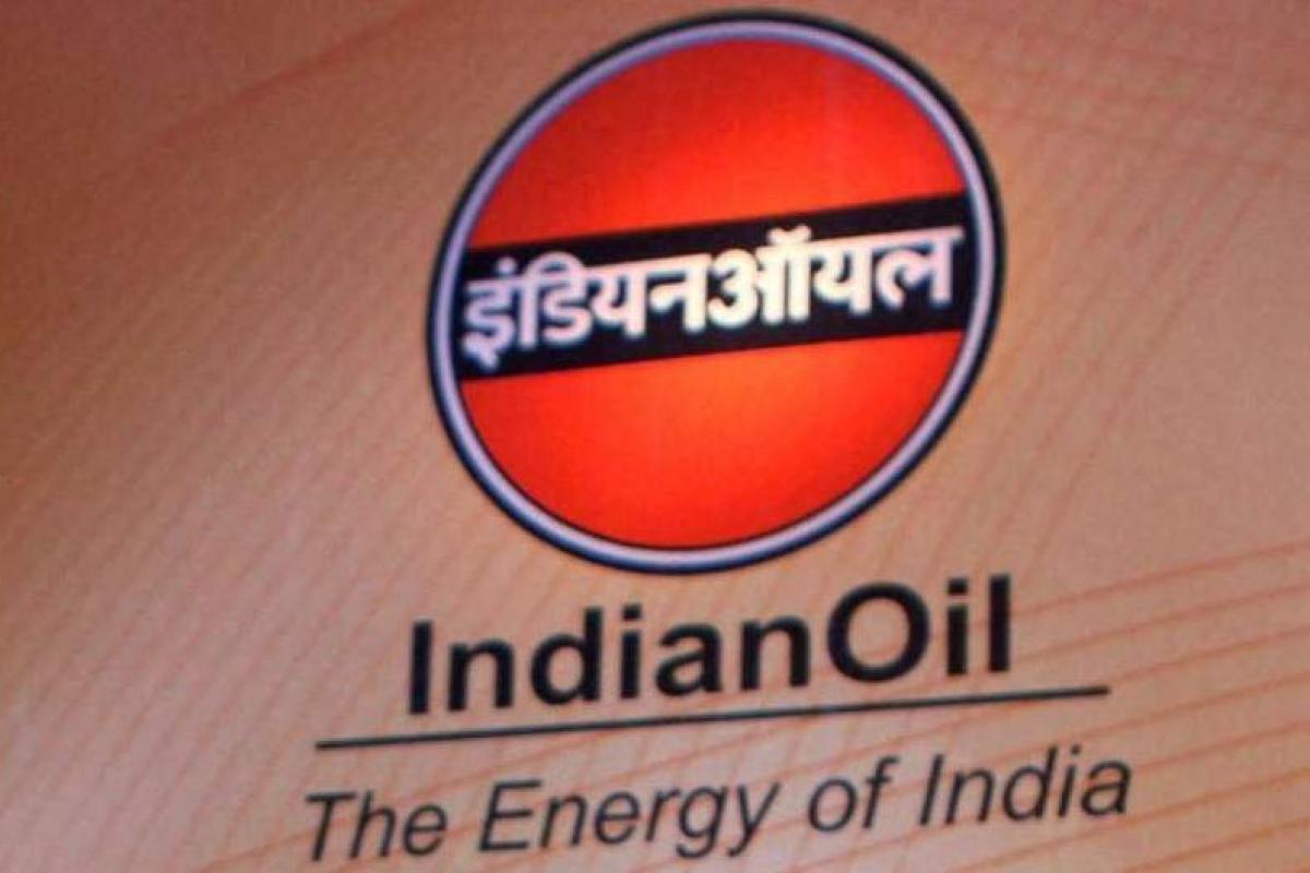 Nhu cầu nhiên liệu của Ấn Độ tăng cao nhất trong 11 tháng - Ảnh 1.