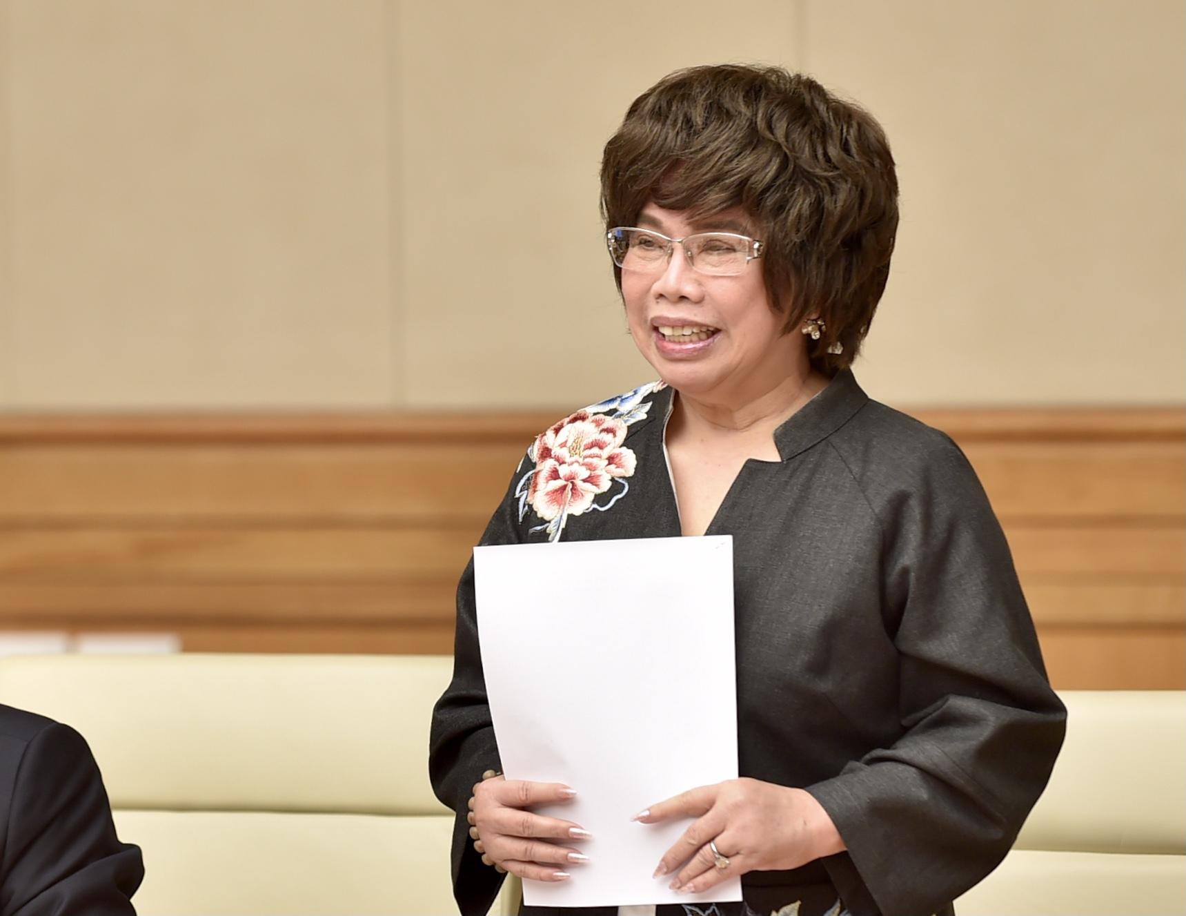 Bà Thái Hương: Hình ảnh áo Thủ tướng đẫm mồ hôi khi chỉ đạo phòng chống dịch… đã đánh thức chúng tôi nỗ lực vượt khó khăn, thách thức - Ảnh 1.