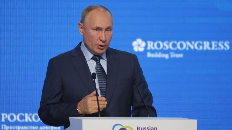 Tổng thống Putin: Nga không bắt chẹt châu Âu, Mỹ mới là tội đồ của cuộc khủng hoảng khí đốt - Ảnh 1.