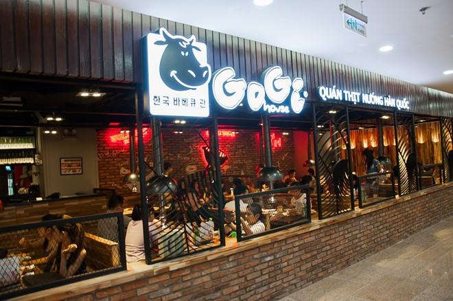 Gogi, Haidilao bắt đầu đón khách ăn tại chỗ, giới hạn công suất; Lẩu Phan chưa hẹn ngày trở lại - Ảnh 1.