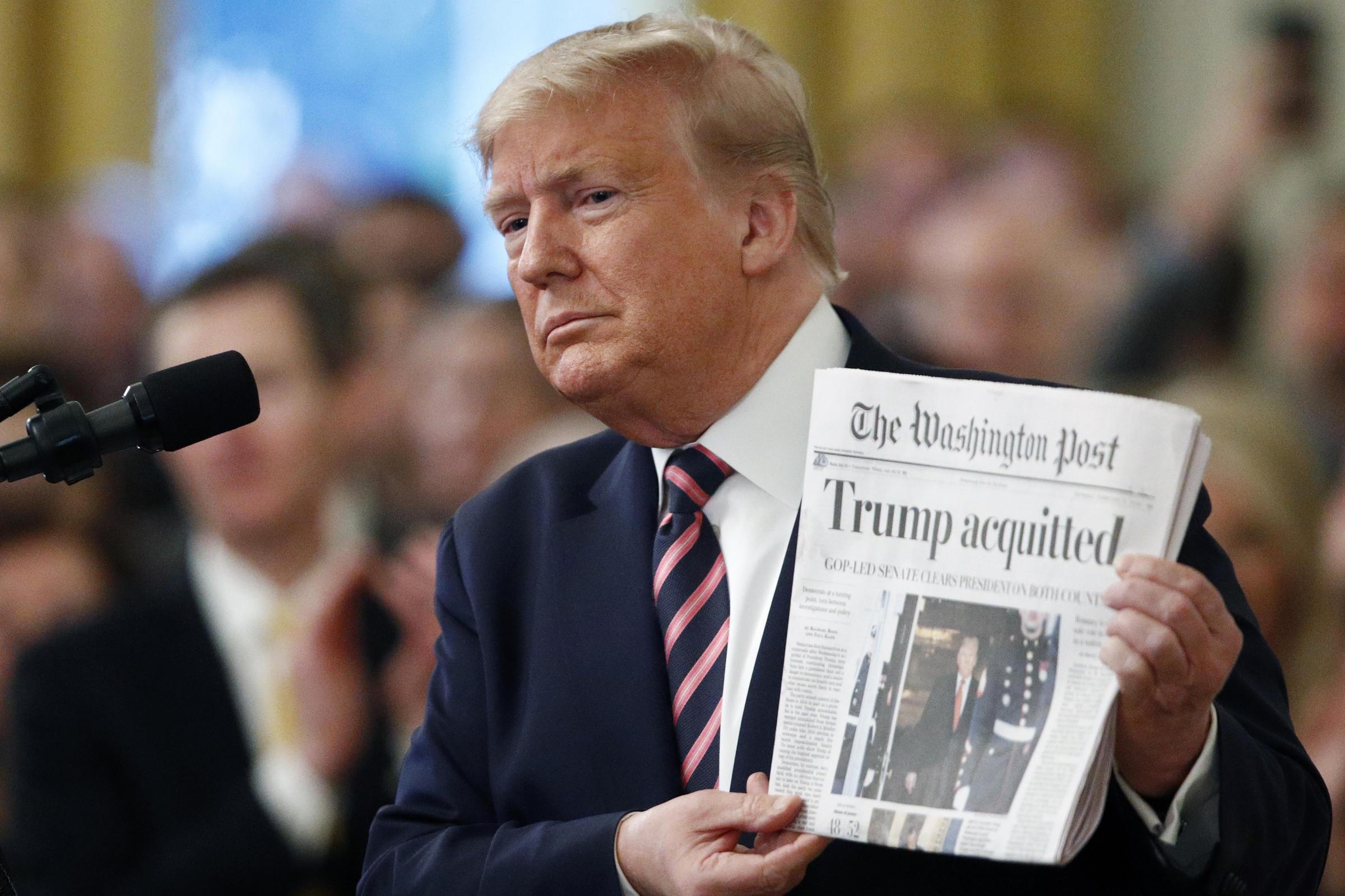 Ông Trump lớn tiếng chỉ trích Đảng Dân chủ sau khi trắng án lần hai - Ảnh 1.