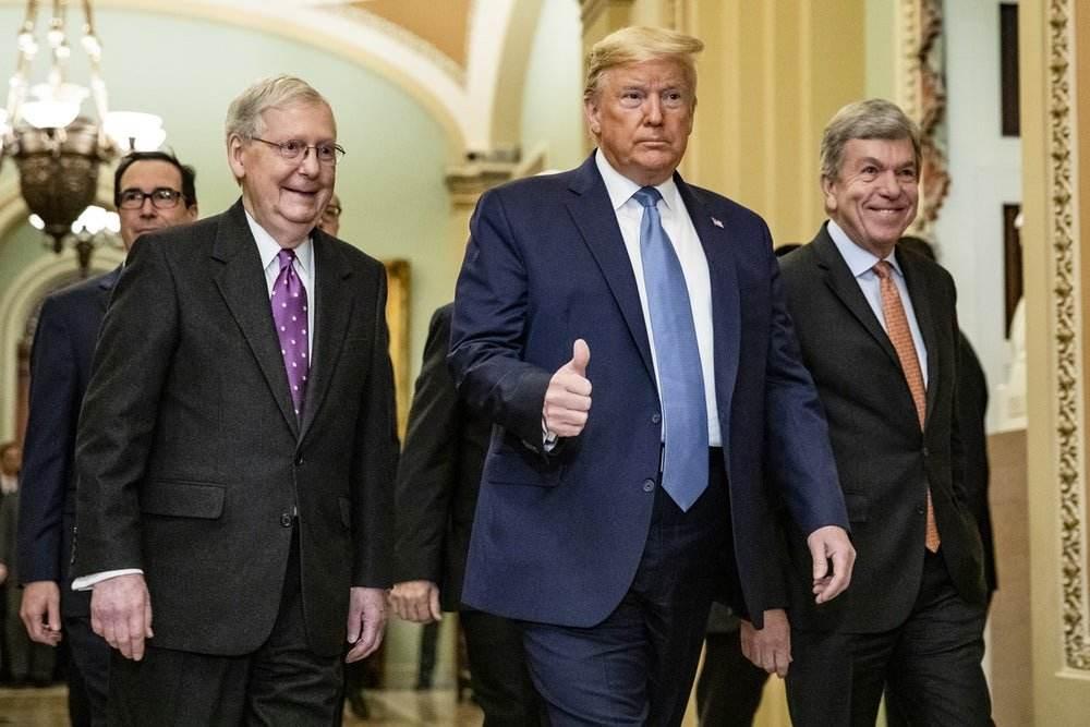 Ông Trump tuyên chiến với lãnh đạo Đảng Cộng hòa - Ảnh 1.