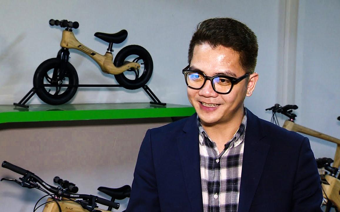 Ngồi lại cuối năm: Câu chuyện kể về một người đem xe đạp tre Việt Nam ra thế giới - Ảnh 1.