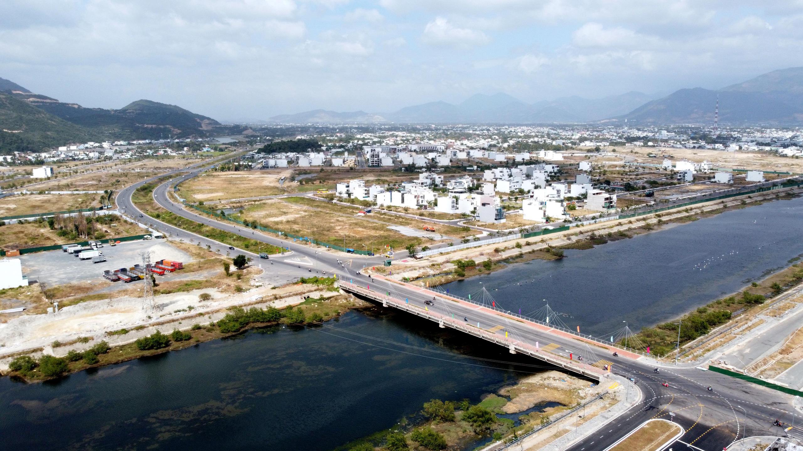 Nha Trang: Đưa vào khai thác đường Vành đai 2 nhiều dự án BĐS hưởng lợi - Ảnh 8.