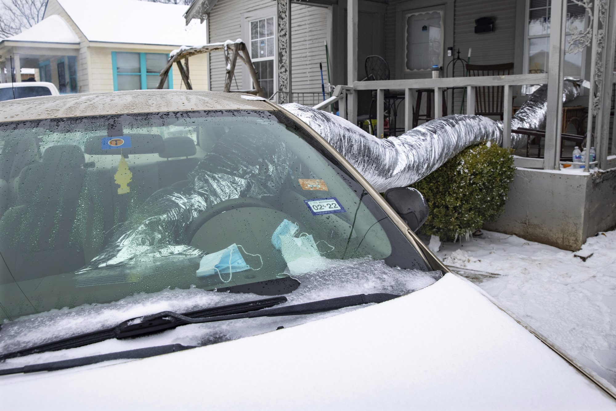 [PhotoStory] Những hình ảnh có một không hai về mùa đông khắc nghiệt trên đất Mỹ - Ảnh 8.