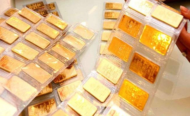 Giá vàng hôm nay 20/2: Chốt phiên cuối tuần, SJC đảo chiều tăng 200.000 đồng/lượng - Ảnh 1.
