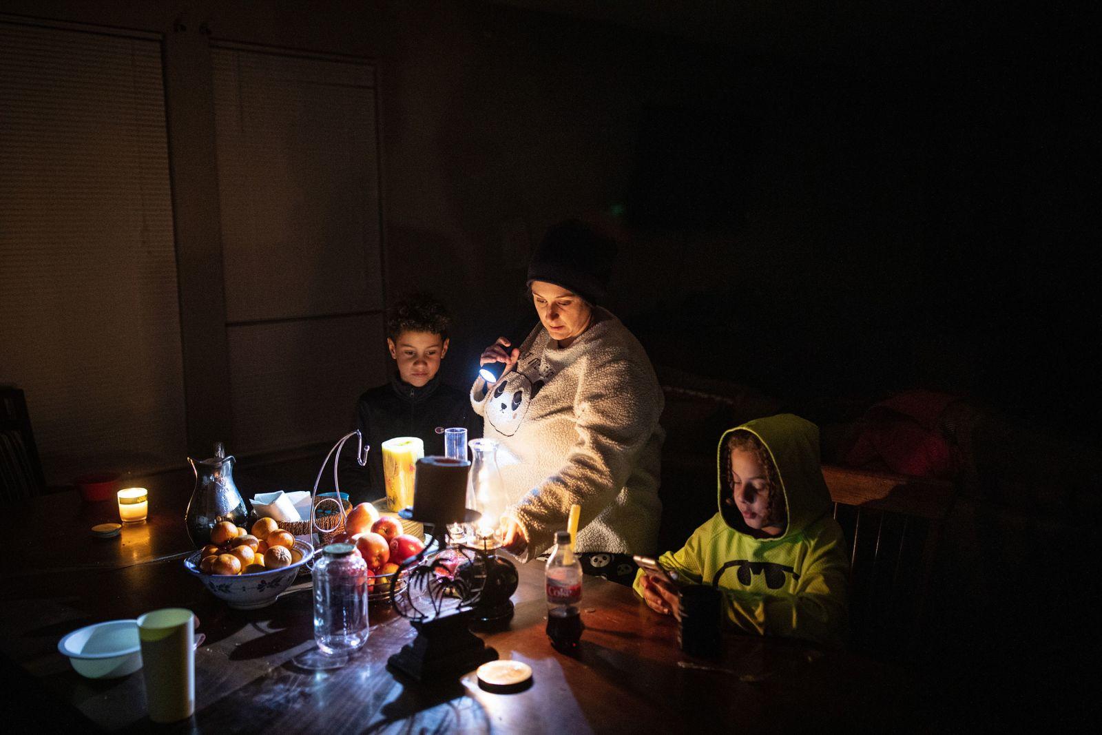 [PhotoStory] Những hình ảnh có một không hai về mùa đông khắc nghiệt trên đất Mỹ - Ảnh 11.