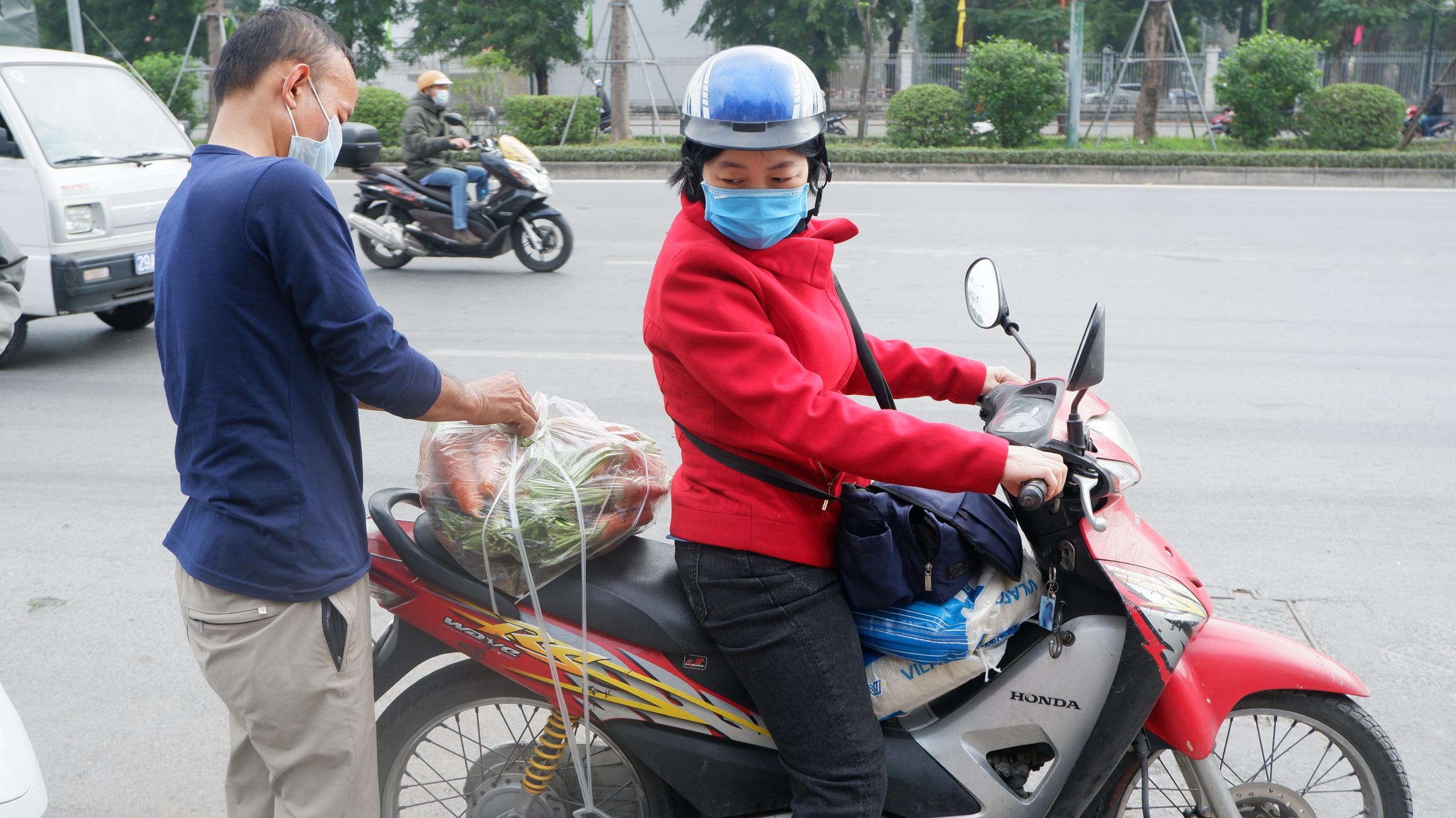 Chủ doanh nghiệp mĩ phẩm giải cứu 60 tấn nông sản Hải Dương chỉ trong một đêm - Ảnh 6.