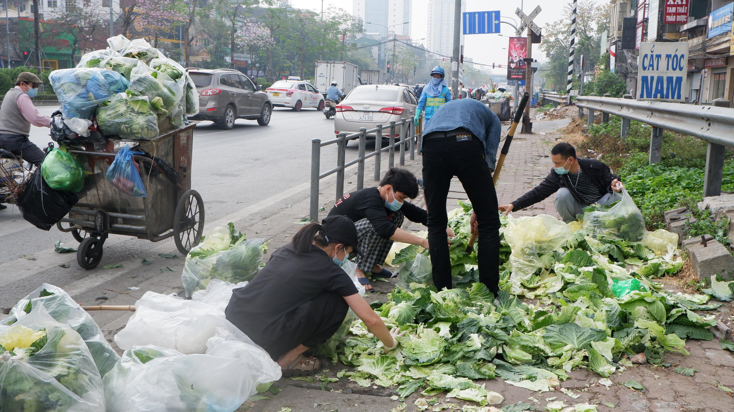 Chủ doanh nghiệp mĩ phẩm giải cứu 60 tấn nông sản Hải Dương chỉ trong một đêm - Ảnh 10.