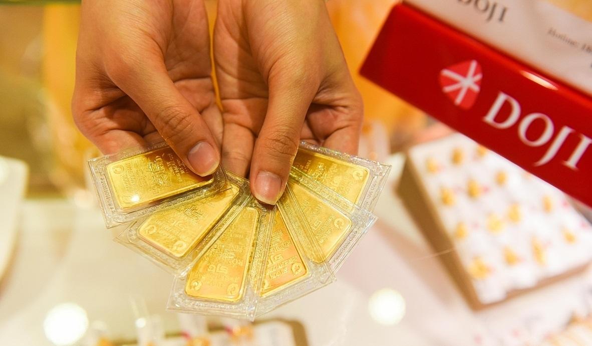 Giá vàng hôm nay 24/2: Vàng miếng SJC quay đầu giảm nhẹ - Ảnh 1.