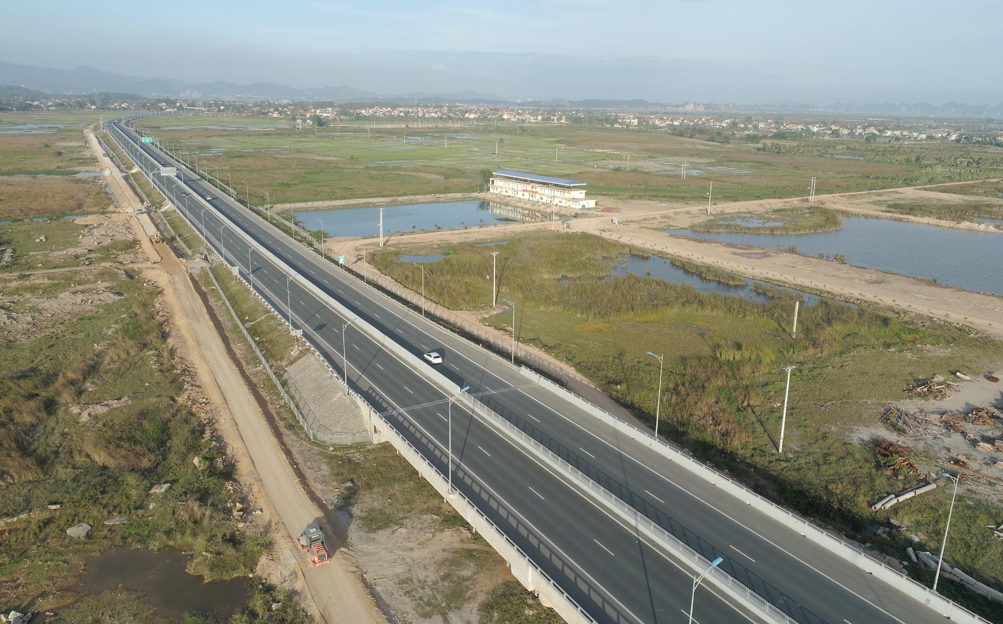 Siêu dự án 10 tỷ USD của Vingroup có vị trí tiếp giáp cao tốc Hải Phòng - Hạ Long - Vân Đồn - Ảnh 1.