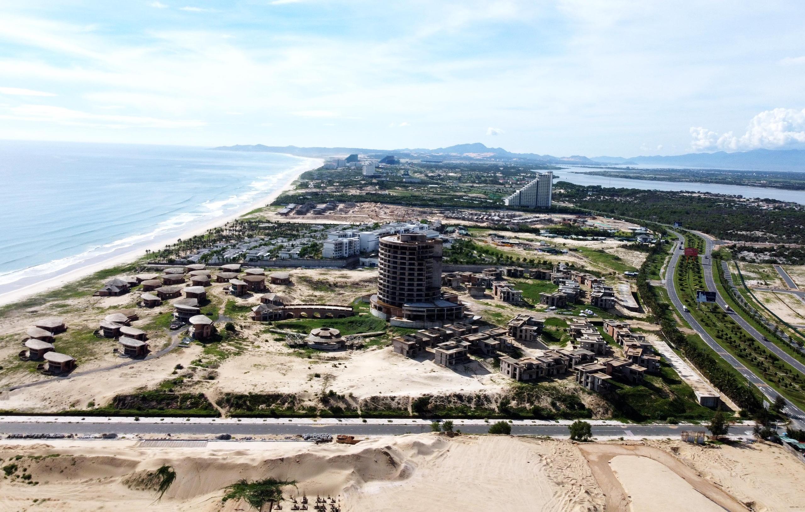 Khánh Hòa: Hàng loạt dự án vẫn còn đất ở không hình thành đơn vị ở với khoảng 30.000 condotel - Ảnh 2.