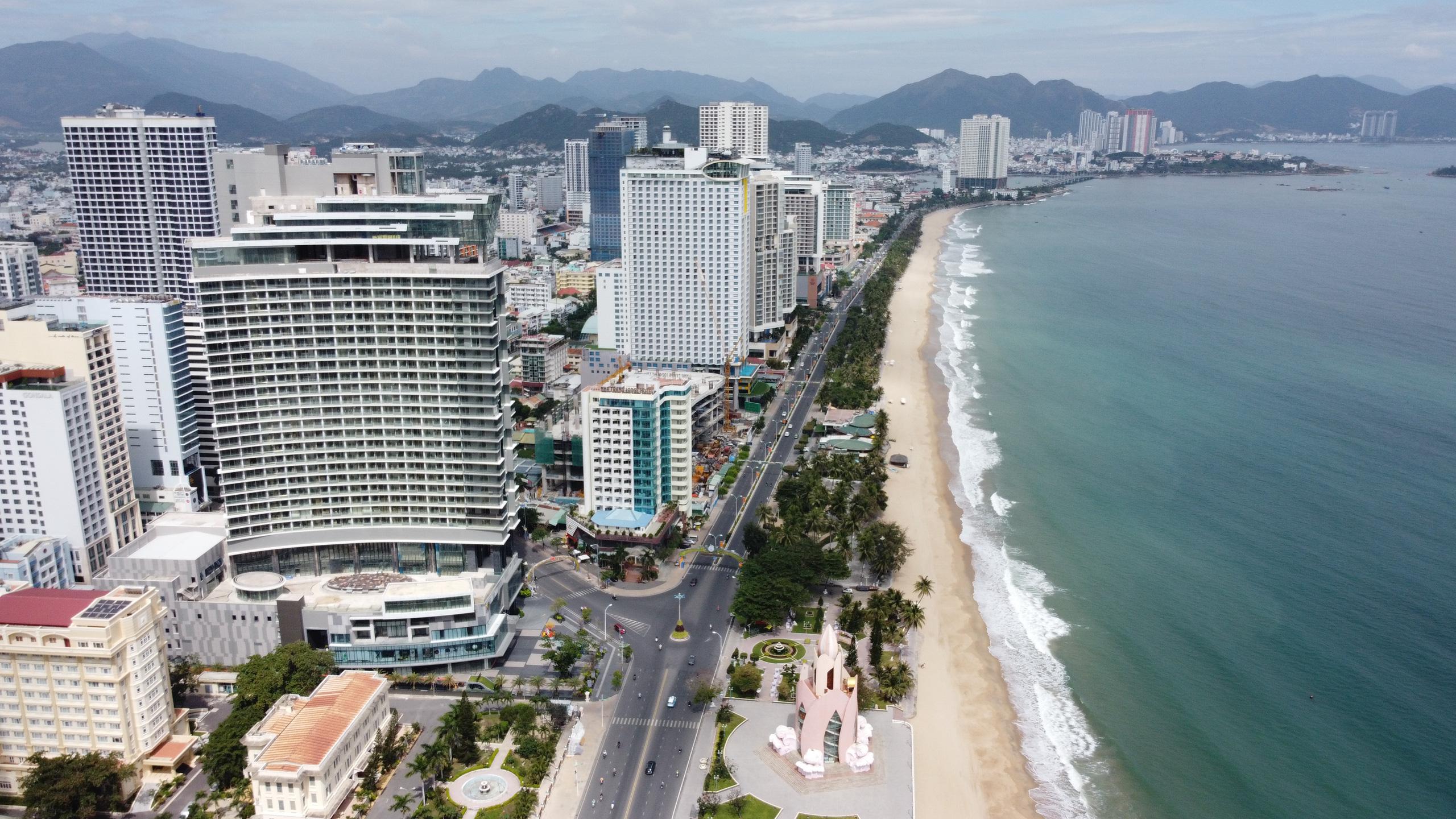 Khánh Hòa: Hàng loạt dự án vẫn còn đất ở không hình thành đơn vị ở với khoảng 30.000 condotel - Ảnh 4.