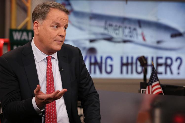 American Airlines tăng 140% sau khi bị bỏ rơi, CEO vẫn tôn trọng Warren Buffett - Ảnh 1.