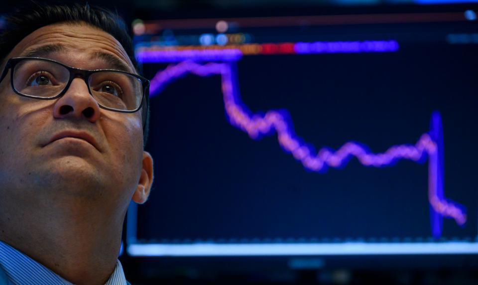 Cú lao dốc của thị trường Trung Quốc cho thấy tương lai của chứng khoán Mỹ khi kích thích chấm dứt - Ảnh 1.