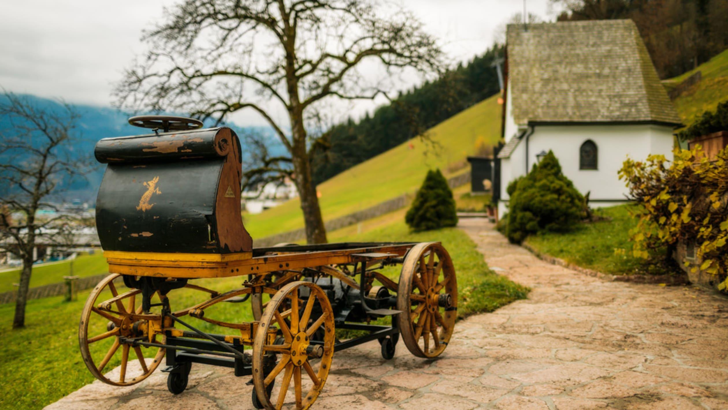 Chiếc ô tô điện đầu tiên ra đời như nào? - Ảnh 2.