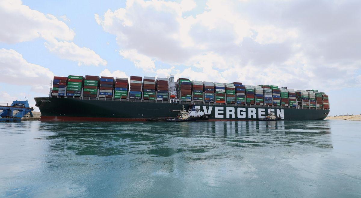Một cơn gió độc khiến thương mại toàn cầu lao đao: Nguồn cơn câu chuyện lạ kỳ - Ảnh 1.