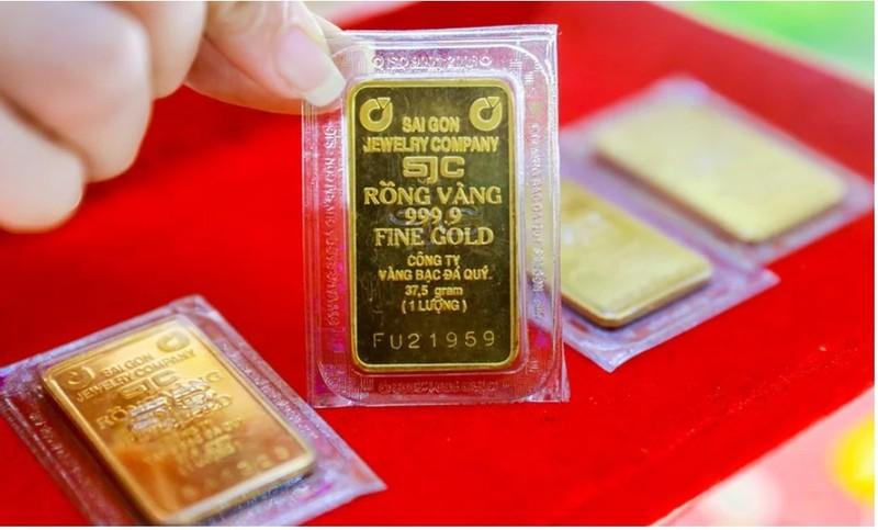 Huy động vàng lãi suất gấp đôi gửi tiết kiệm, doanh nghiệp có vi phạm pháp luật? - Ảnh 1.