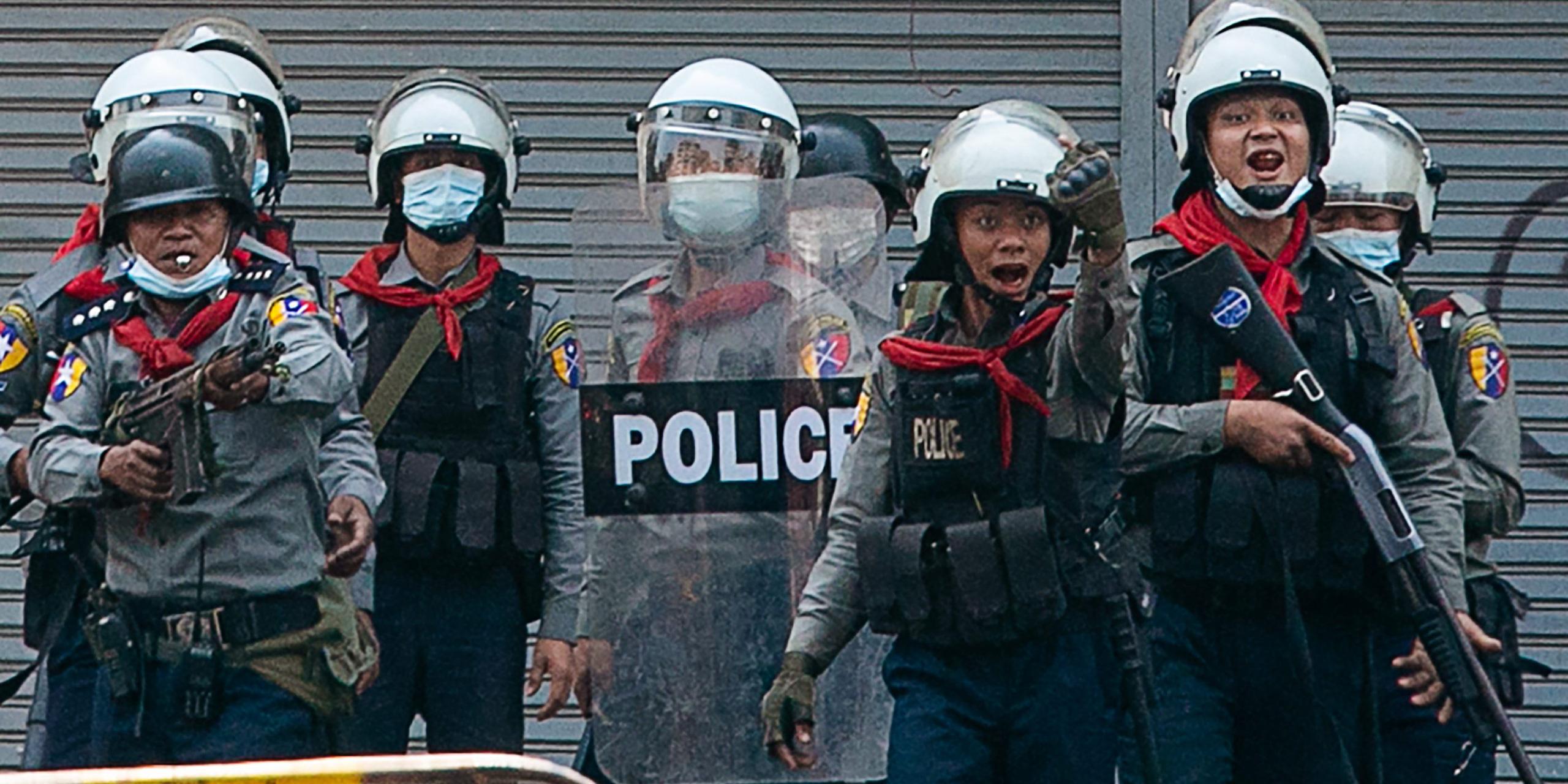 Cảnh sát Myanmar tiếp tục nổ súng, 9 người biểu tình thiệt mạng - Ảnh 2.