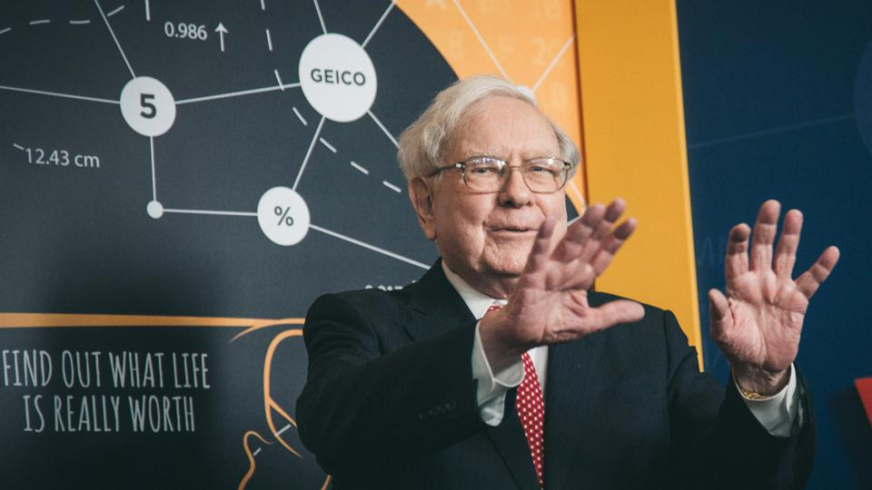 7 viên ngọc quý rút ra từ thư gửi cổ đông của Warren Buffett - Ảnh 1.