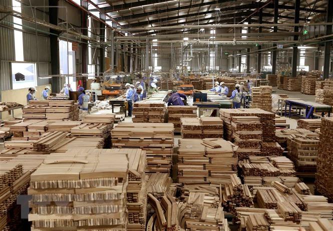 Nhiều dư địa cho xuất khẩu gỗ và thủ công mỹ nghệ vào Hoa Kỳ - Ảnh 1.