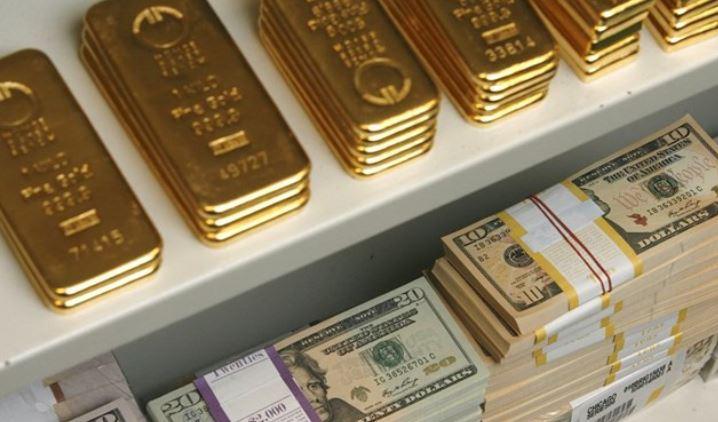 Giá vàng hôm nay 12/4: Vàng miếng SJC tiếp đà giảm vào đầu tuần mới - Ảnh 1.
