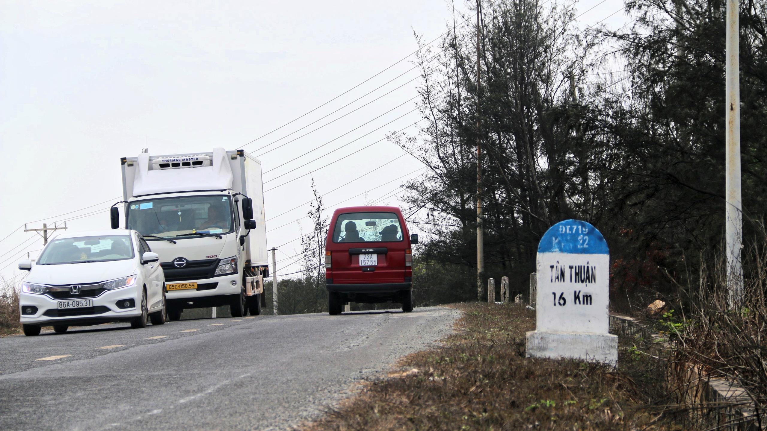 Cận cảnh tuyến đường ven biển ĐT.719 đoạn Phan Thiết - Kê Gà - Ảnh 2.