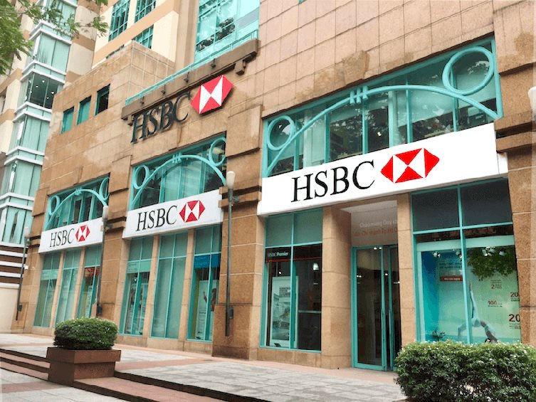 Thu nhập bình quân nhân viên HSBC Việt Nam đạt gần 60 triệu đồng/tháng, cao nhất toàn ngành - Ảnh 1.