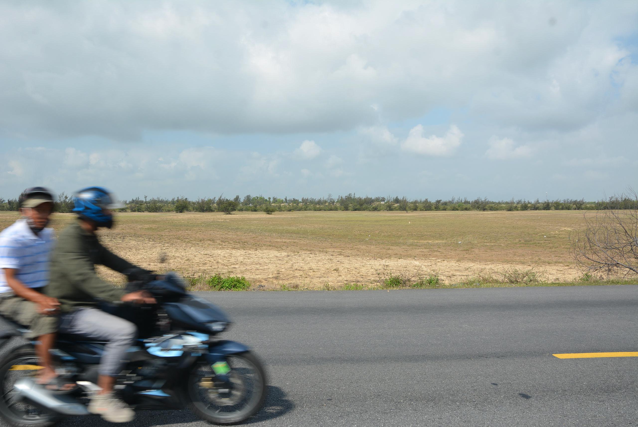 Cận cảnh khu đất Tập đoàn Nguyễn Hoàng đầu tư thành phố giáo dục, đối diện Vinpearl Nam Hội An - Ảnh 4.