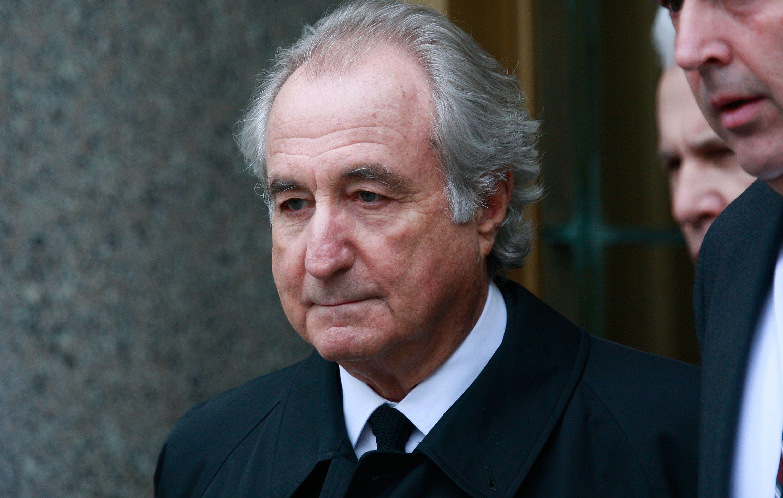 Siêu trùm lừa đảo Ponzi qua đời ở tuổi 82 - Ảnh 1.