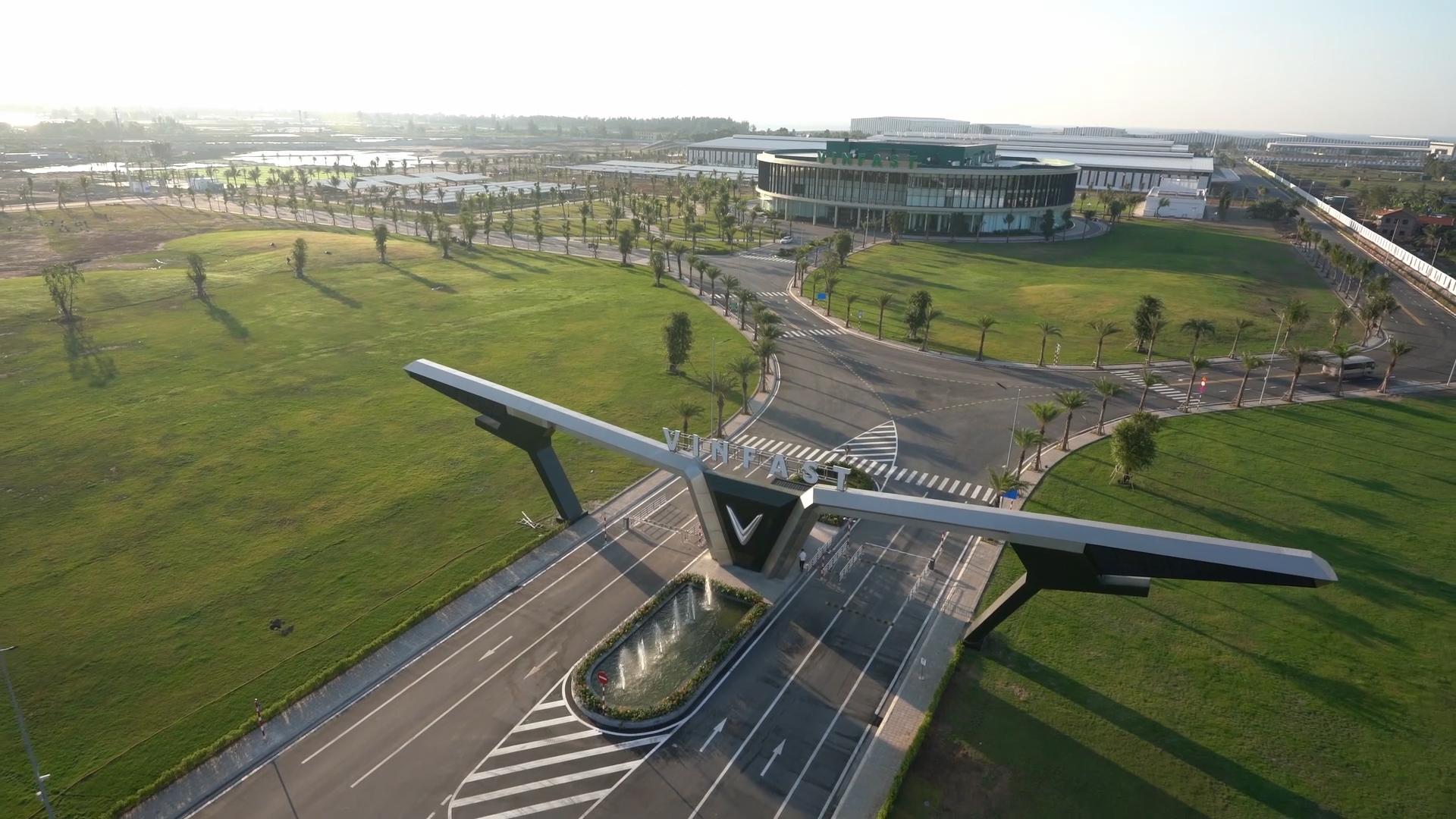Vingroup muốn mở nhà máy ô tô VinFast rộng 2.000 ha tại Hà Tĩnh - Ảnh 1.