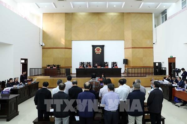 Xét xử vụ Gang thép Thái Nguyên: Luật sư xin đổi tội danh cho các bị cáo - Ảnh 1.