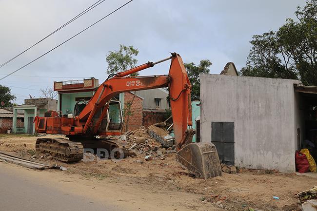 Bình Định sẽ cưỡng chế thi công đường ven biển Cát Tiến – Đề Gi hơn 1.260 tỷ đồng - Ảnh 1.