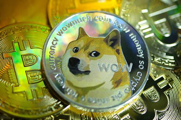 Giá trị tiền điện tử Dogecoin tăng đột biến 400% - Ảnh 1.